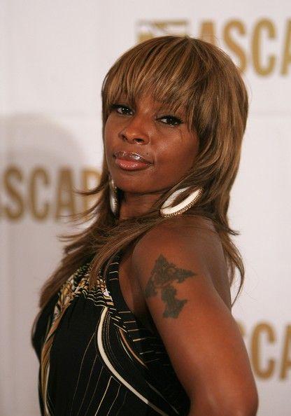 Mary J. Blige Medium Straight Cut with Bangs