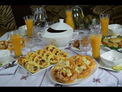 مائدة الافطار في رمضان بافكار سهلة واقتراحات متنوعة من مطبخ زينب المغير Youtube Eid Food Recipes Food