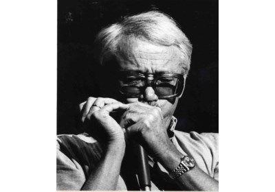Jazzmuzikant en -componist Toots Thielemans is maandagochtend op 94-jarige leeftijd overleden. Dat meldt zijn manager Veerle Van de Poel. Toots Thielemans ...