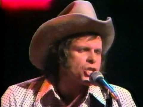 "Del Shannon ""Runaway"" LIVE on U.S. TV 1973 - YouTube"