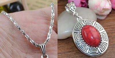 Corrente de prata tibetana e medalhão oval de resina natural cor crimson
