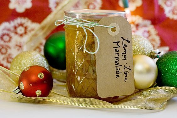 I may have overdone it on the homemade food gifts front this year. Even after the popcorn seasonings, hot cocoa, maple cream and cranberry mustard, I couldn't resist making one more thing. I wanted something else canned, something my giftees could hang on to and open when the sweet