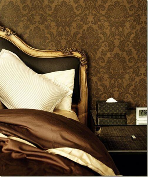 Dark Warm Cozy Bedroom Darkcozybedroom Gold Bedroom Glamorous Interiors Elegant Homes
