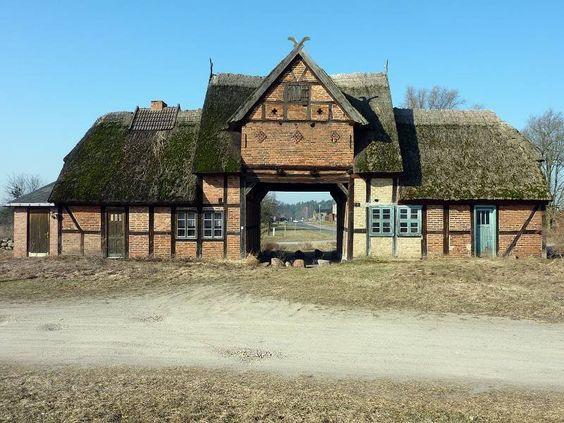Panoramio - Photo of Torhaus in Kotelow
