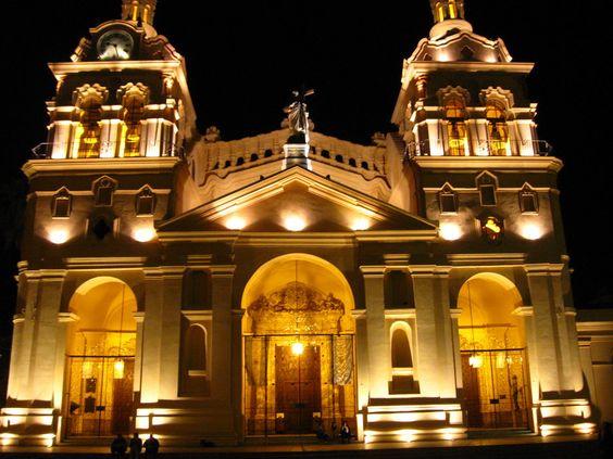 Catedral de Córdoba - Argentina by piuke.deviantart.com on @deviantART