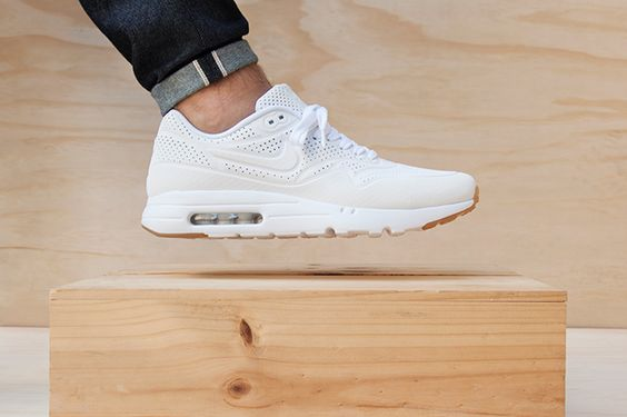 Nike Air Max 1 Ultra - White/Gum
