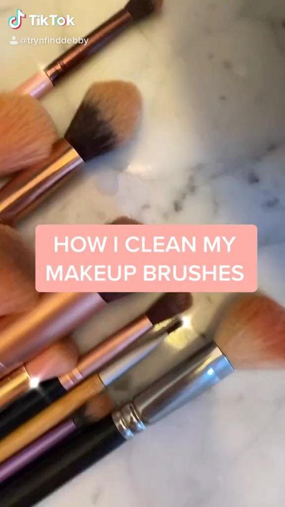 Video Clean Your Makeup Brushes Di 2020 Kuas Makeup Alat Makeup Produk Makeup
