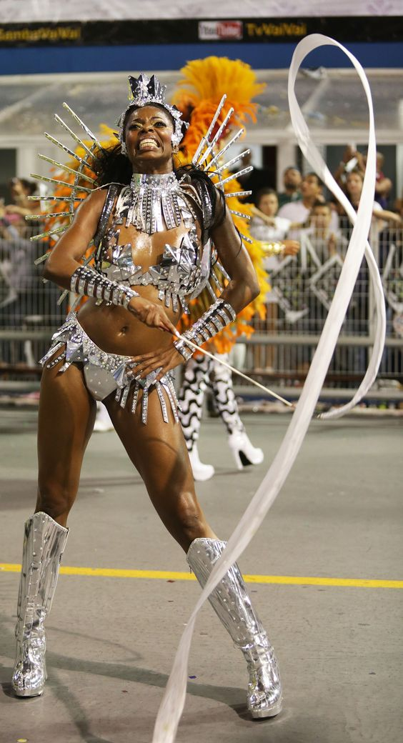 CAMPEÃ 2015 do Carnaval de São Paulo: Escola de Samba Vai-Vai