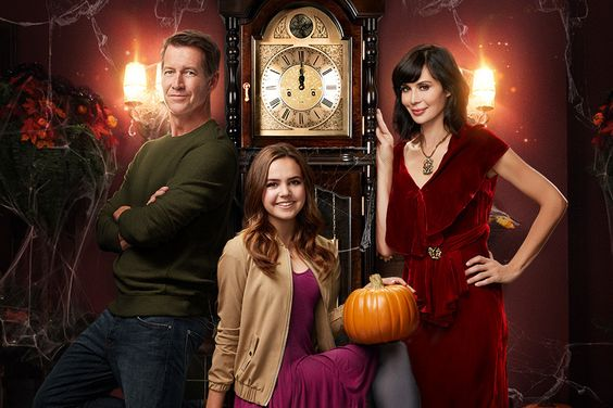 Preview + Sneak Peek - Good Witch: Secrets of Grey House