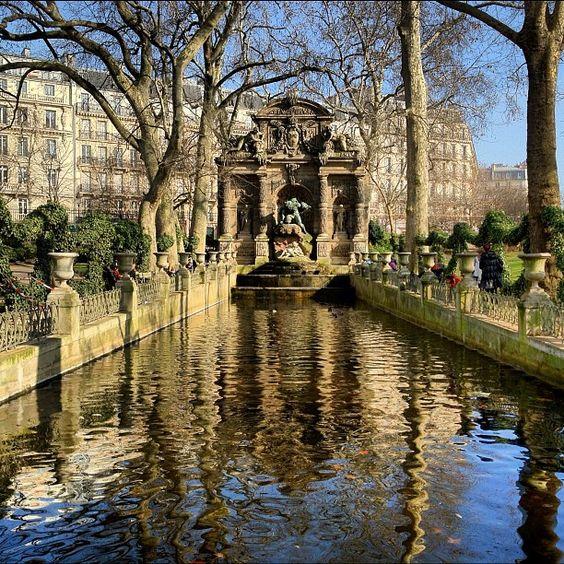 Reflections @ Jardin du Luxembourg by @ednacz