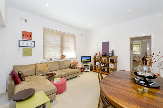 10/169 Victoria Rd. Bellevue Hill 1 Bed 1 Bath  http://www.belleproperty.com/buying/NSW/Eastern-Suburbs/Bellevue-Hill/Apartment/40P1696-10-169-victoria-road-bellevue-hill-nsw-2023