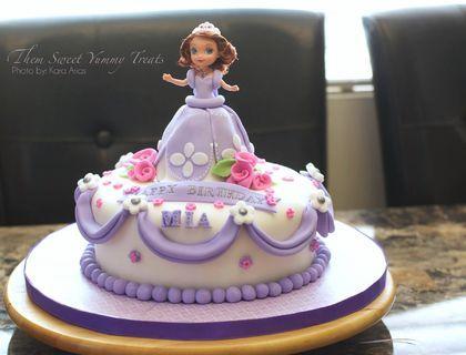 princess sofia cake that i made for my goddaughter g teau pinterest g teau de princesse. Black Bedroom Furniture Sets. Home Design Ideas