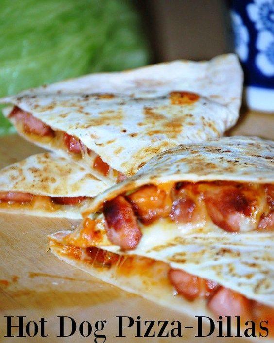 Hot Dog Pizza-Dillas