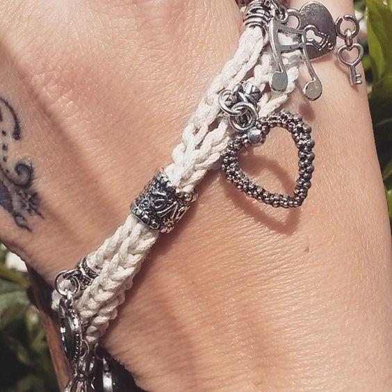 CiondoliCiondoliCiondoli  #bracelet #bijoux #handmade #bracciale #chiave #lucchetto #keys #heart #bracelet #musicalnotes
