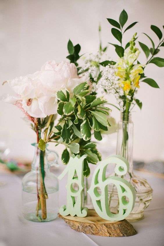 a botanical spread  Photography By / http://cluneyphoto.com