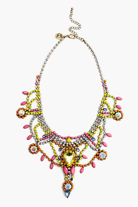 Showtime Collar Necklace