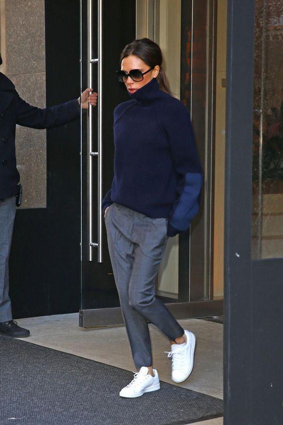 Victoria Beckham's 7 beste stijlmomenten op platte schoenen - Vogue Nederland: