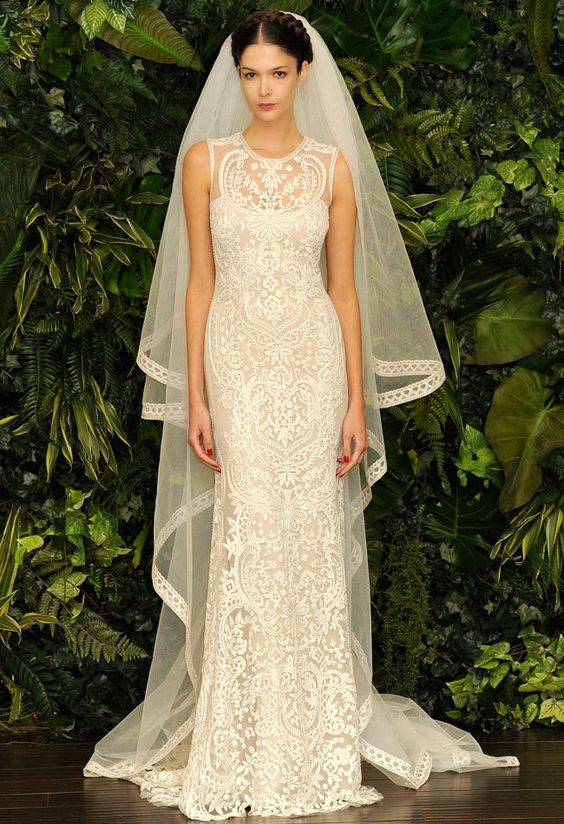 Naeem Khan is well-known fashion designer that offering affordable wedding dresses for brides. It considere their work on famous fashion's ideas in top list. Today we have the most beautiful phenomenon of inexpensive...