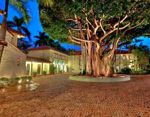 "Rosie O'Donnell's mansion at 43 Star Island is for sale for $19.5 million. I think I should make an offer, this is ""literally', like irregardless (Miami girl voice) my dream home! WOW! Did I say WOW?!"