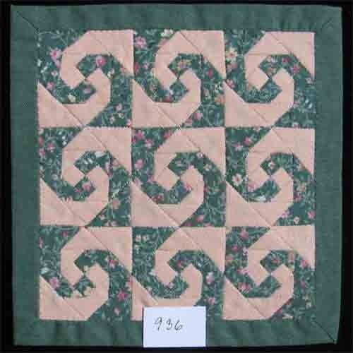Ina Wichers - hand pieced quilt, traditional pattern, selling for €85,00 (approx 103)