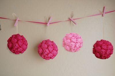 E hoje vai ser uma festa!: Bolas de rosas feitas com papel crepom ...