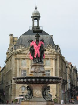 Pink October in #Bordeaux - Fight against breast #cancer