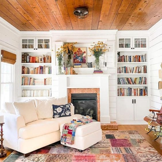 Country Living On Instagram Curling Up Riiiight Here For The Foreseeable Future Regram In 2020 Farmhouse Style Living Room Country Living Room Southern Cottage
