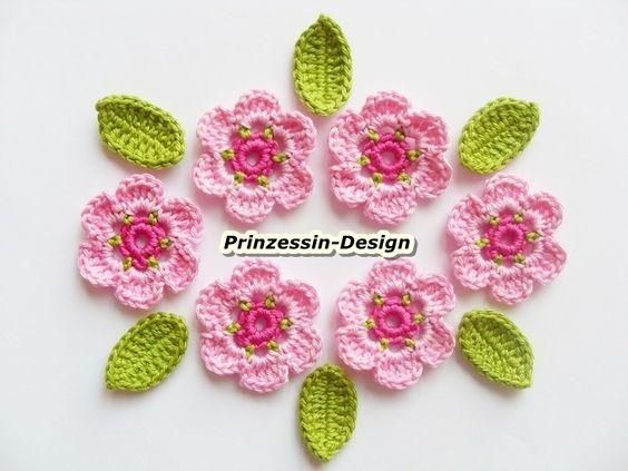 Häkelapplikationen - Häkelblumen - ein Designerstück von Prinzessin-Design bei DaWanda