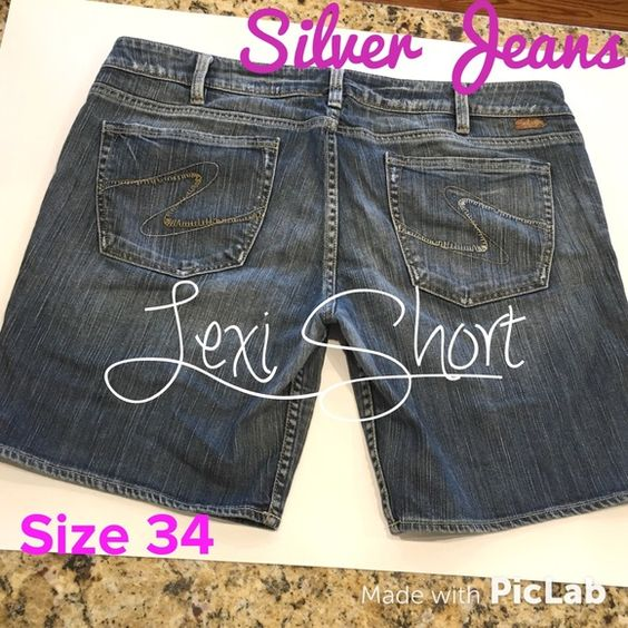 Women's Silver Jeans Lexi Shorts Size 34 Excellent Condition! 8 inch inseam. Silver Jeans Shorts Jean Shorts