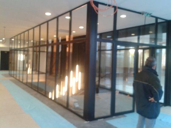 Photo de chantier, réalisations de nos menuiserie acier, porte coupe feu 1 h, fenetre atelier, porte vitree coupe feu, porte métallique | OXIUM