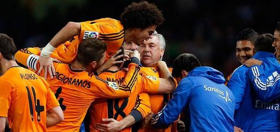 Real Madrid trashes Real Sociedad , keep a chance on title | Real Madrid Schedule
