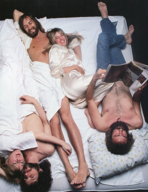 Fleetwood Mac photographed by Annie Leibovitz, 1977