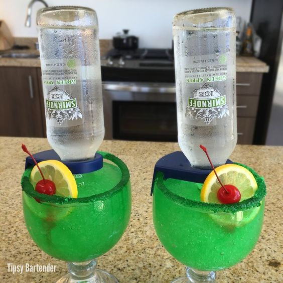 Green apple for the recipe visit us here www for Green alcoholic drinks recipes