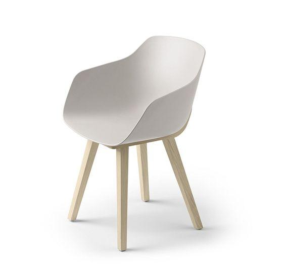 Cadeira de plástico ecológico com braços KUSKOA BI Coleção Kuskoa by ALKI