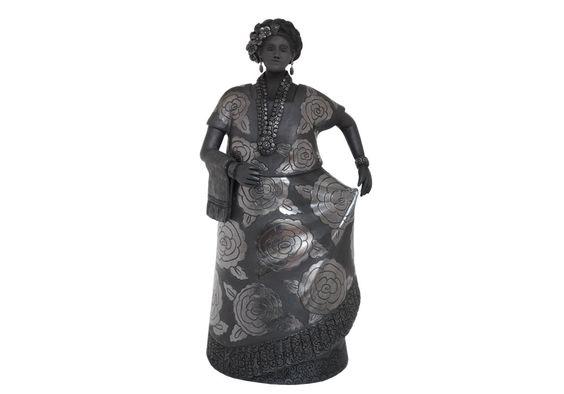 Muñeca de barro negro