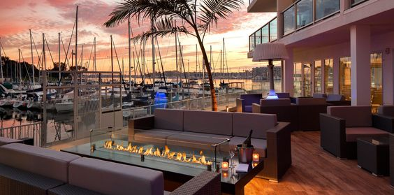 Salt a breezy new restaurant providing lobster rolls, cucumber mojitos and two oceanside patios, now open in Marina del Rey.