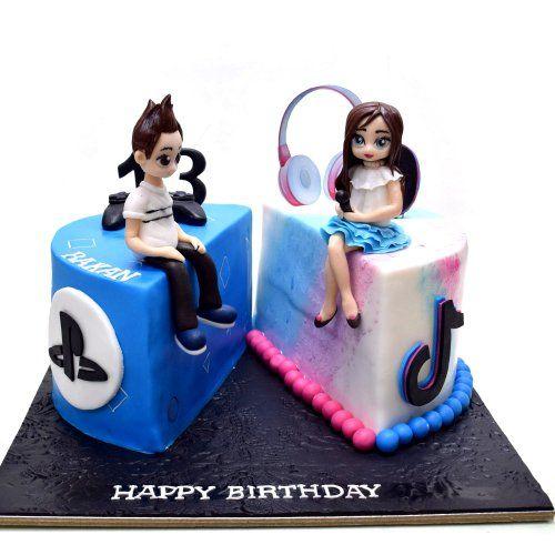 Twins Cake Half Tik Tok Half Play Station 550 The House Of Cakes Dubai 312 In 2020 Twins Cake Cake Cakes In Dubai