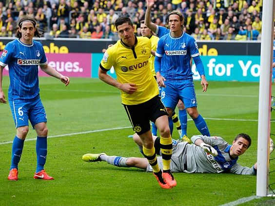 Borussia Dortmund vs Hoffenheim live streaming free   Borussia Dortmund vs Hoffenheim live streaming free 2-28-2016  Borussia Dortmund is still flying. Since the beginning of the second half BVB has not lost a league game. Of 15 possible points the team of Thomas Tuchel took in the second half of the season so far 13 points - thus keeping one step with the Bayern and surprisingly with the VfB Stuttgart. Nevertheless the BVB and Leader Bayern continue to divide eight points. The Munich…