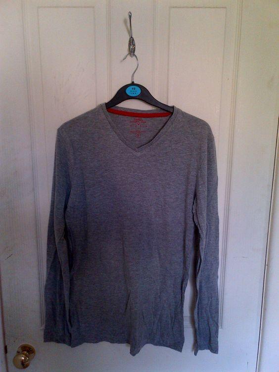 grey long-sleeved top
