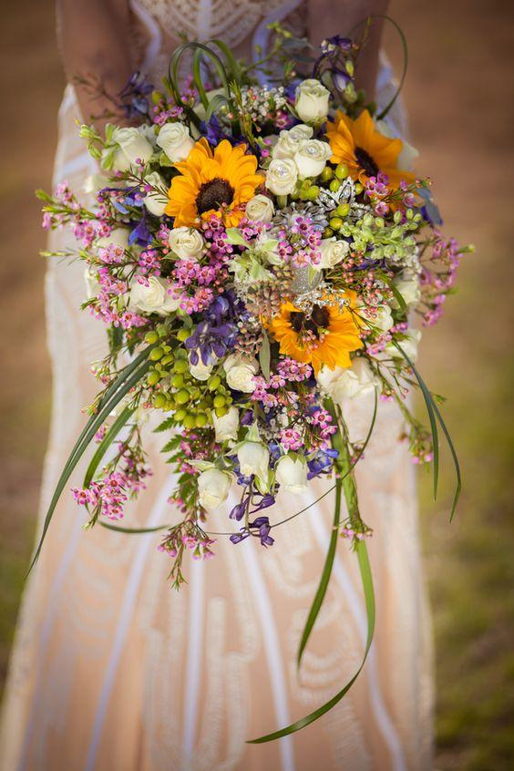 rustic cascading wedding bouquet, farmhouse wedding with beautiful sunflowers