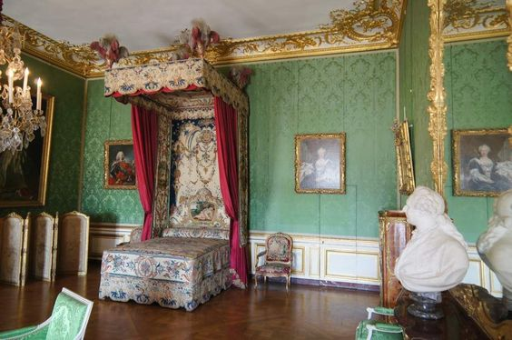 Trip to Paris 2012: Palace of Versailles building interior, green room wider