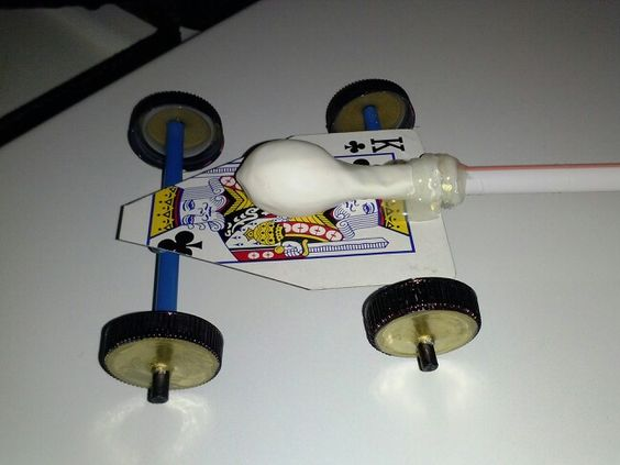 Balloon car made out of recycled things playing card - Things made out of straws ...