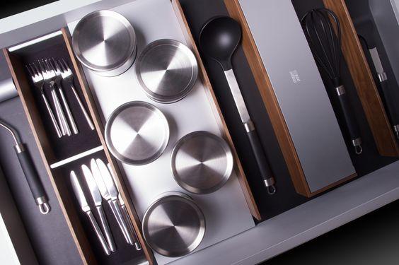 #walnut #linoleum #stainless #kitchenaccessories #accessories