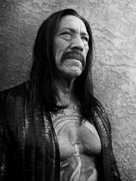 Danny Trejo photographié par Bryan Adams http://www.vogue.fr/photo/le-portfolio-de/diaporama/le-chanteur-bryan-adams-expose-ses-photos/11232/image/659444#danny-trejo-photographie-par-bryan-adams