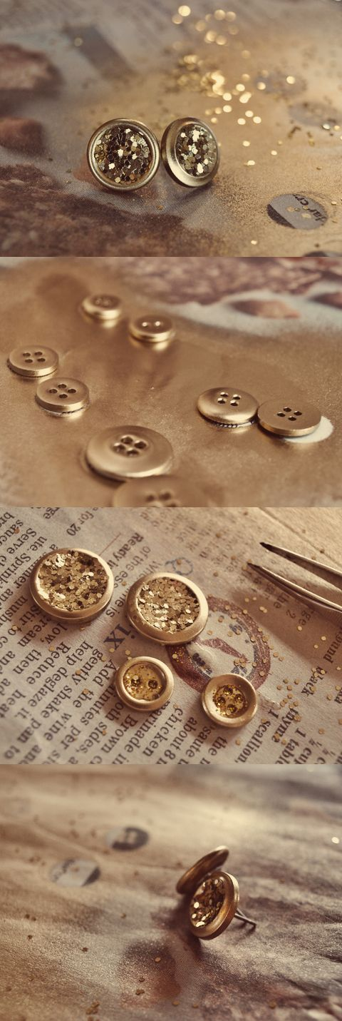 Glitter earrings with buttons - tutorial.: