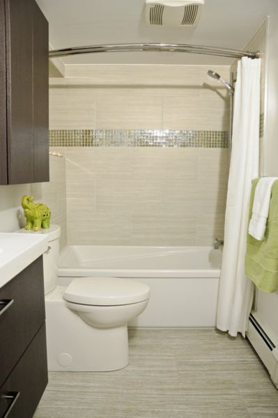 5 steps to make your small shower look bigger without for Small baths 1100