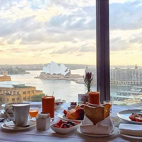 "Knock knock. ""Room service!"" Thank you @vendzlen for sharing your @FSSydney breakfast with us. Tag your Four Seasons breakfast with #wakeupwithFS and we'll reblog our favourite again next week. # Hotels-live.com via https://www.instagram.com/p/BA4wXrVqk-i"