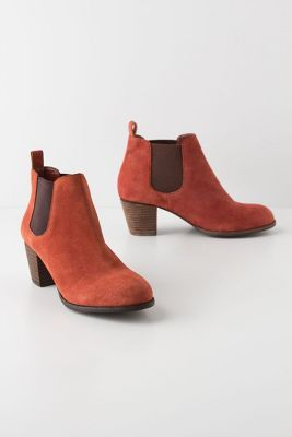 loving pumpkin colored boots for fall