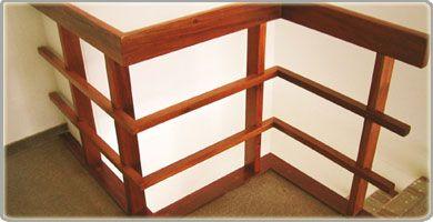 Pasamanos de madera para escaleras buscar con google - Pasamanos de madera modernos ...