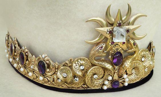 King of Serpents  6edee37dbca1b851f7c156f37bcd0538